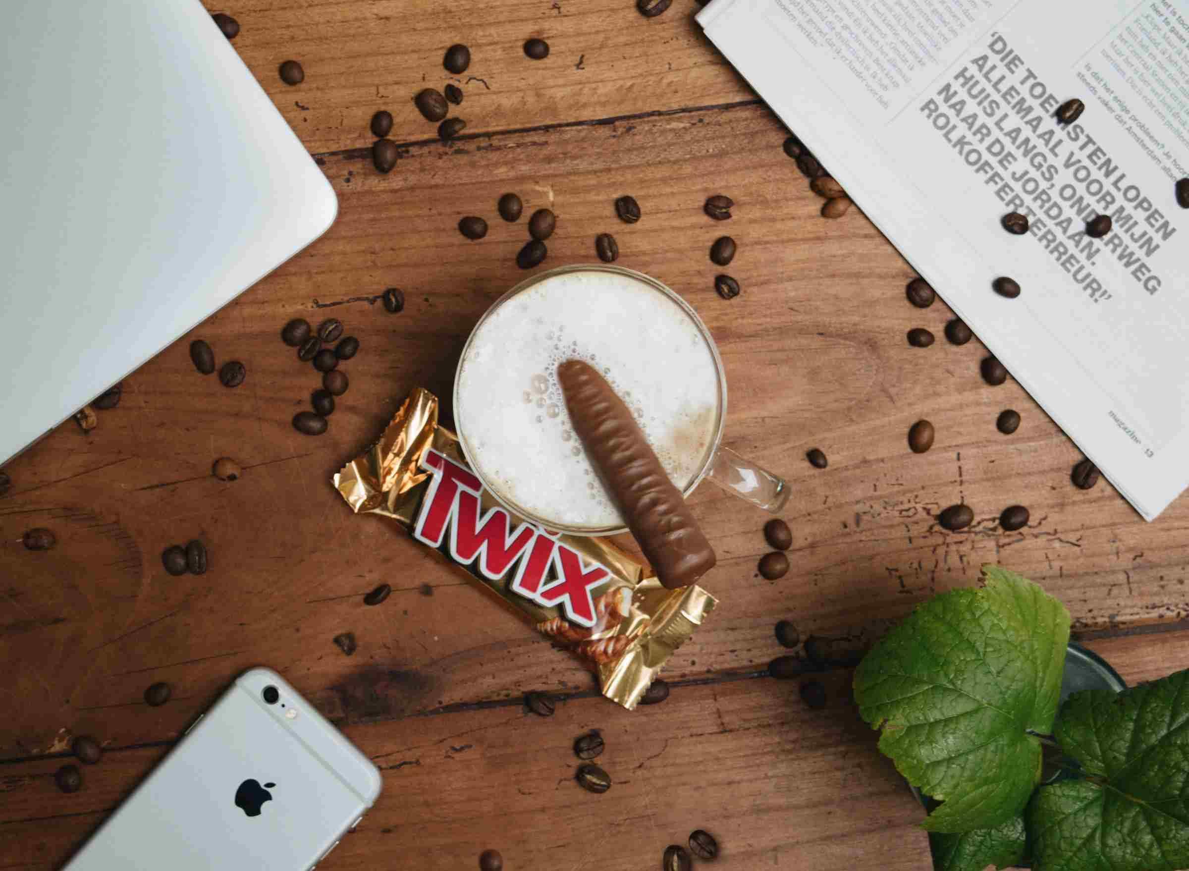 شکلات شبیه داده و دیتا است
